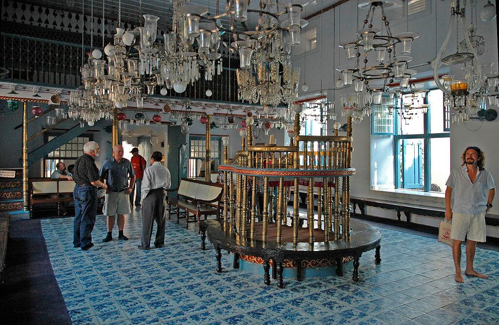 1024px-kochi_jewish_synagogue_c